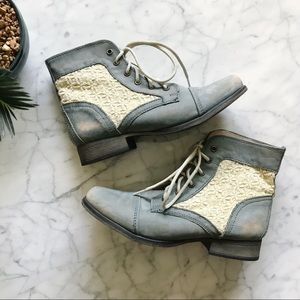 Steve Madden Thundr Gray Blue Lace Up Boots - 9M